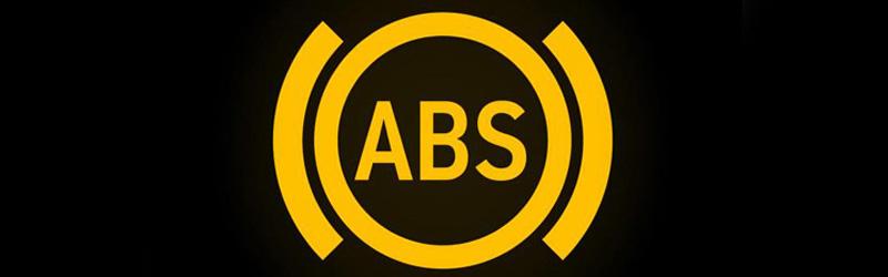 ABS: parametri un negaidīta ieslēgšanās